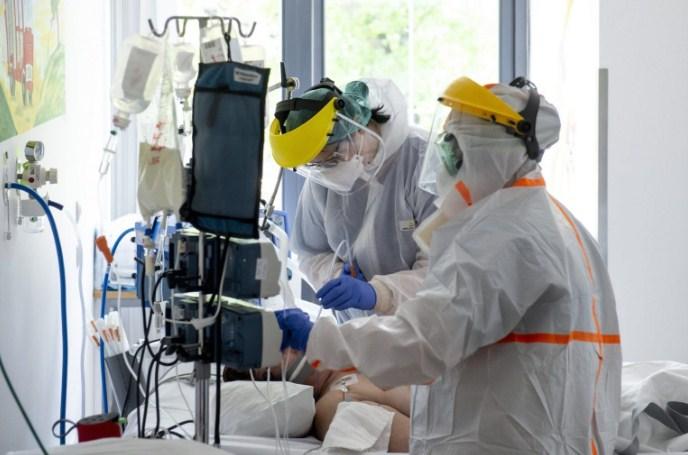 Студија на Оксфорд за отпуштени пациенти од болници со Ковид-19