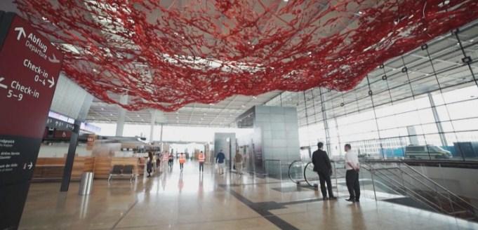 """Отворен новиот аеродром """"Вили Брант"""" во Берлин"""
