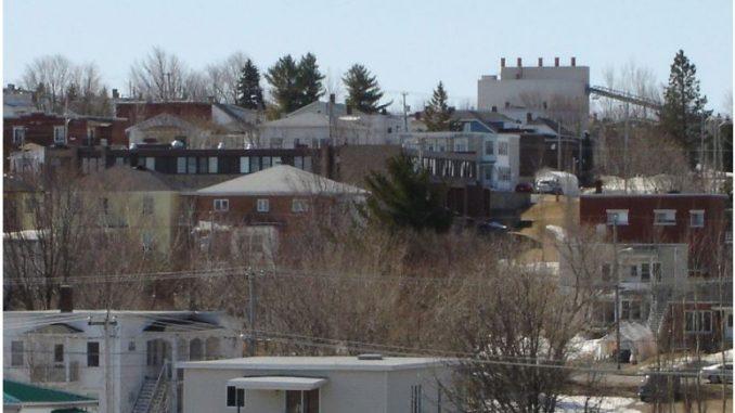 Градот Азбестос во Канада го менува името