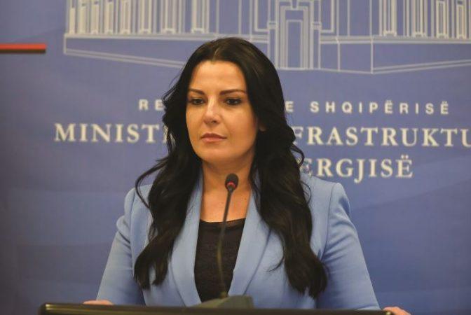 Албанската министерка Балуку позитивна на Ковид-19
