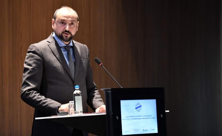 Зошто вицепремиерот Фатмир Битиќи не поднел Анкетен лист за имотната состојба во Антикорупциска?
