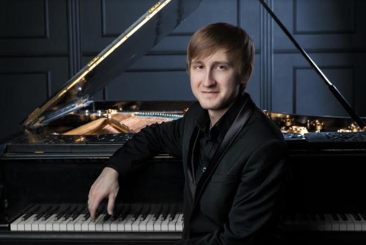 Хуманитарен концерт на Филхармонија со пијанистот Дмитри Маслеев за Игор Пармаковски