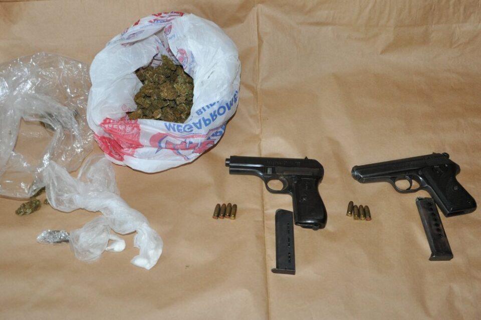 Поднесено обвинение за поседување дрога и муниција