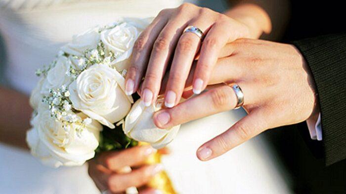 Паровите кои прават една работа имаат 40 проценти помалку шанси да се разведат