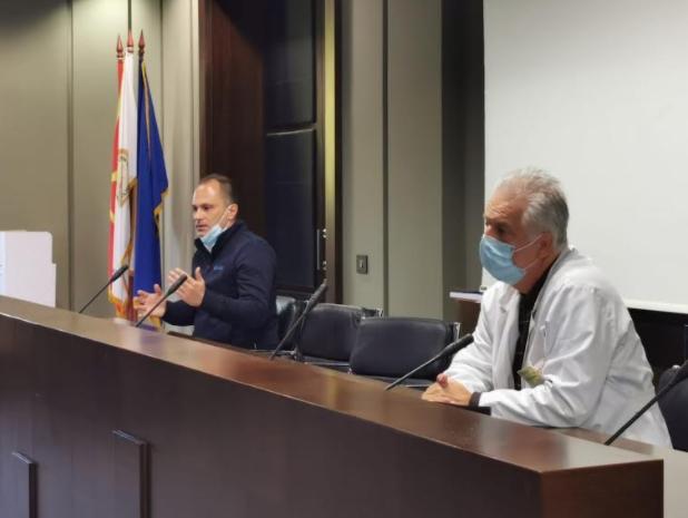 Нема препораки за нови мерки, Филипче и Караџовски ќе решаваат следната недела