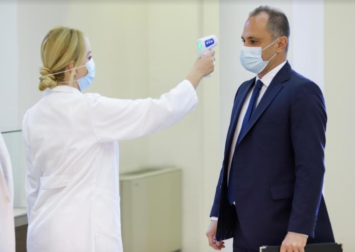 Ќе има ли нови мерки поради ширењето на британскиот сој на коронавирусот? Филипче не ја исклучува можноста