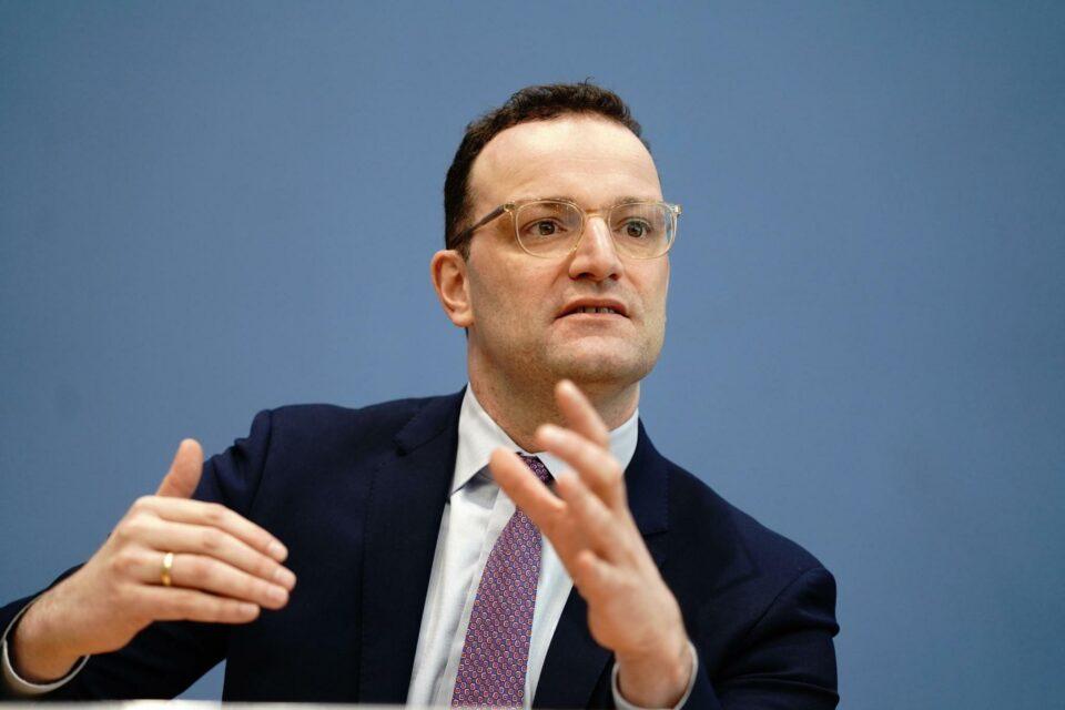 Германскиот министер за здравство е позитивен на новиот коронавирус