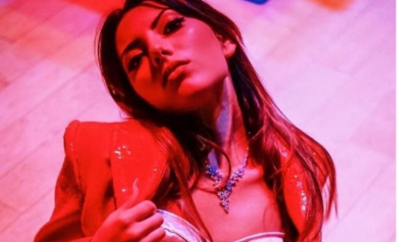 Оган жешка: Ања Ветерова изведе секси танц како Џеј Ло (видео)