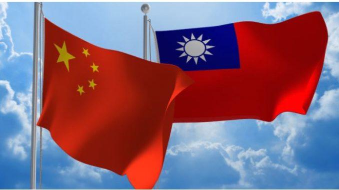 Меѓусебни обвинувања меѓу Тајван и Кина по тепачка на прием по повод националниот празник на Тајван