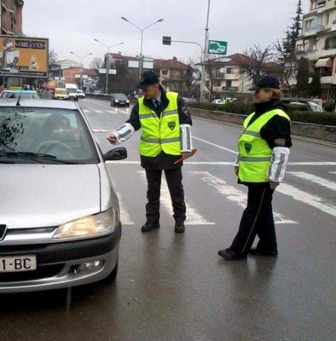 Дури 14 лица возеле без дозвола- полицијата само во Центар казни 88 возачи