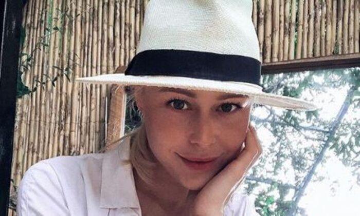 Како сестри: Oва е мајката на Викторија Лоба од која ја наследила својата убавина