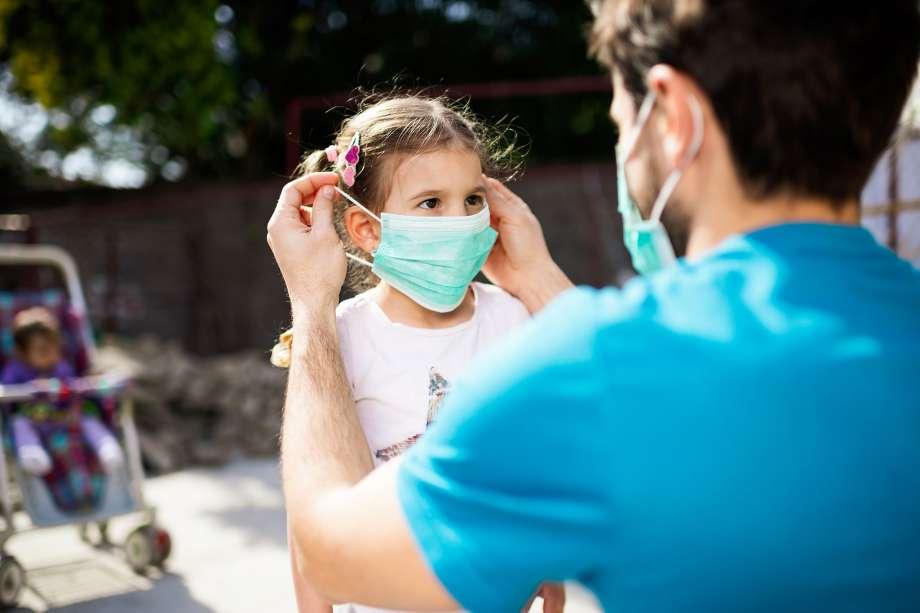 Шпанија го намалува ДДВ за заштитните маски за лице