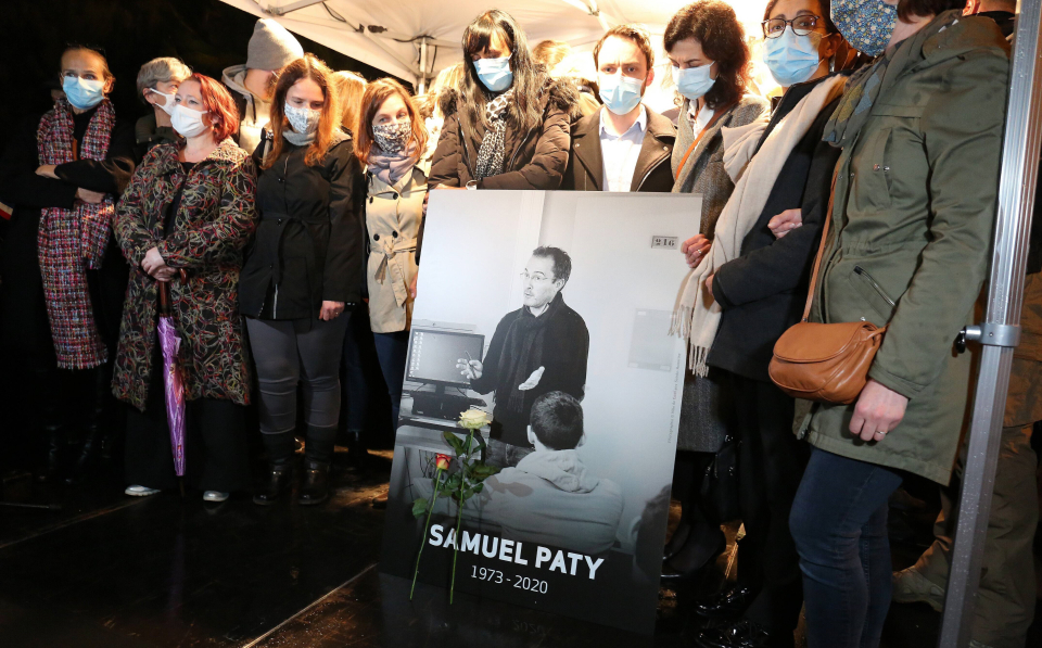 """Атентат врз Самуел Пати: Судска истрага за двајца малолетници кои беа """"поткупени"""" од терористот"""