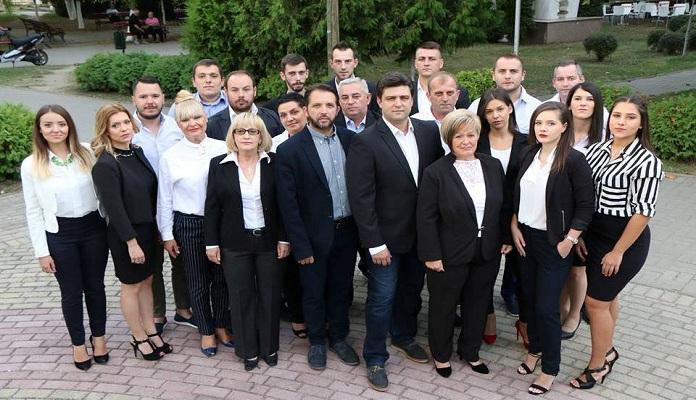 Советник на СДСМ во Ѓорче Петров иако имал симптоми на корона присуствувал на седница за да помине новото задолжување на општината