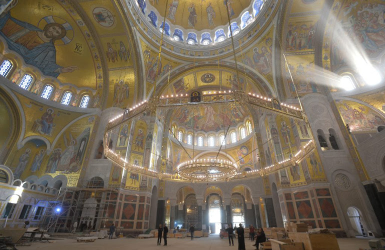 Храмот Свети Сава ги отвори вратите за посетителите со нов мозаик од 50 милиони парчиња