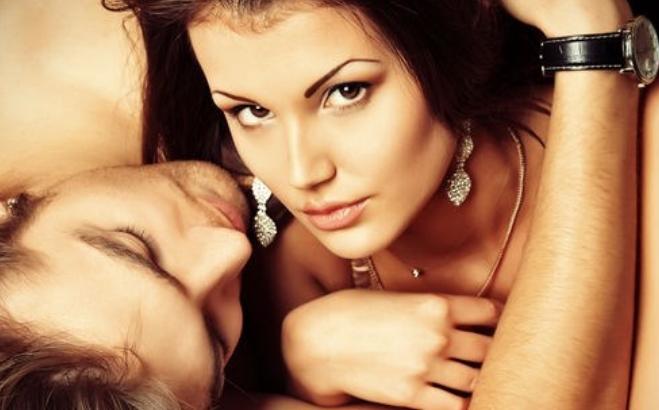 Говорот на телото на жената ќе ви каже што таа сака во кревет