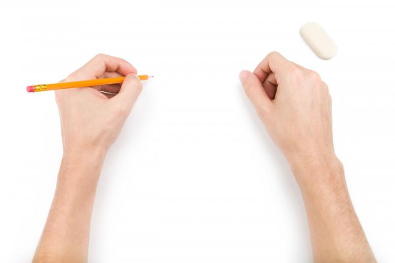 Пишувате со лева или со десна рака? Оваа ситница одредува 3 клучни особини за вас!