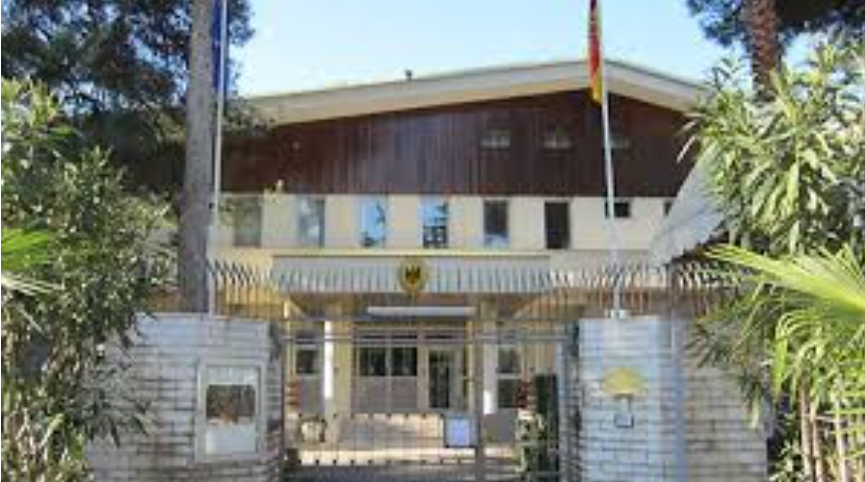 Германската Амбасада во Тирана ја затвори канцеларијата за визи и пасоши