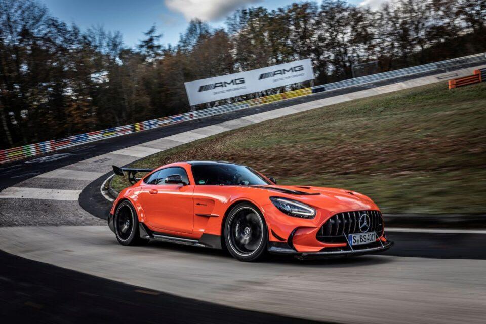 Најбрз сериски автомобил на Нирбургринг
