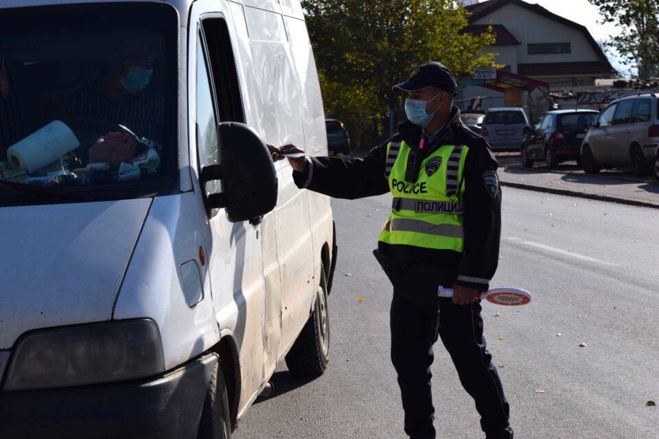 Над 150 санкции за еден час во Струмица, над 60 во Радовиш