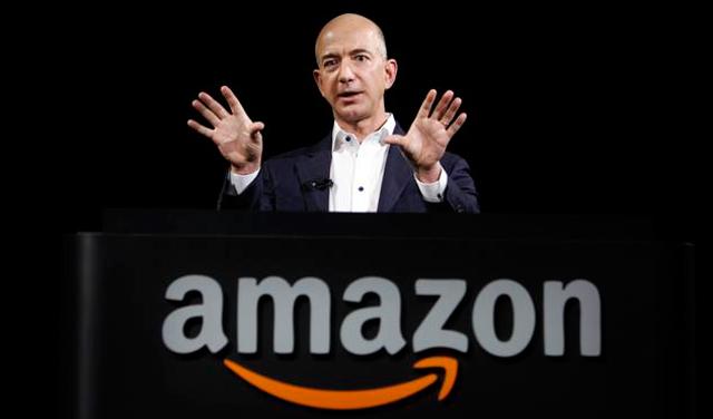 """Покрената петиција за забрана на сопственикот на """"Amazon"""" да се врати на земјата"""