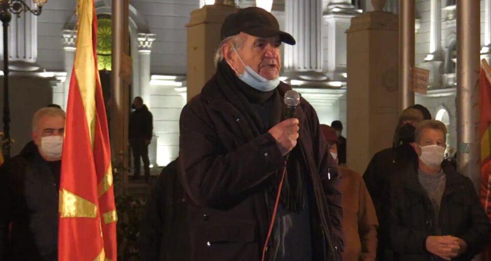 Миновски: Никој не му дал мандат на Заев да преговара за Македонија и македонскиот народ