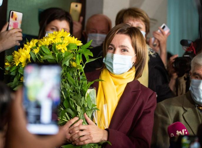 Проевропски настроената Маја Санду победи на претседателските избори во Молдавија
