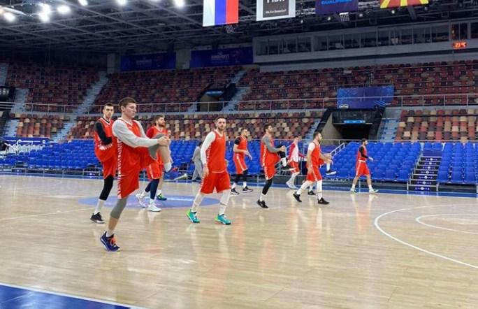 Тестовите на македонските кошаркари и стручниот штаб негативни
