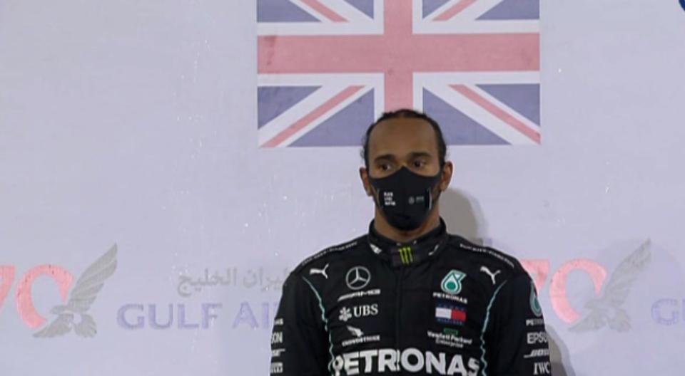 Луис Хамилтон победи за ГН на Бахреин