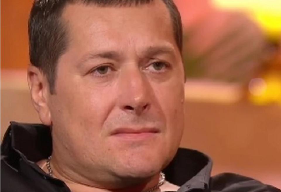 Пејовиќ со солзи во очите:  Лекарот ми рече дека од илјада само една жена преживува, ги повика дури моите три ќерки за да се збогуваат од мајка им