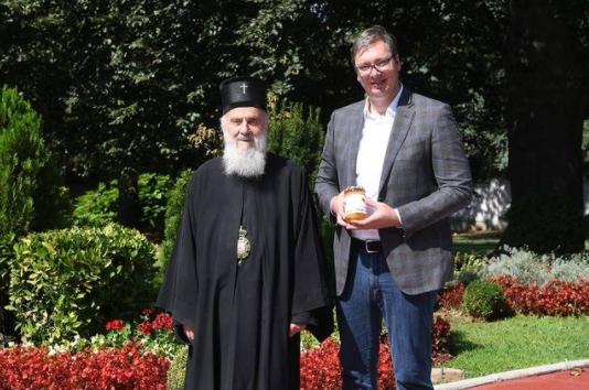Вучиќ се огласи по смртта на патријархот Иринеј