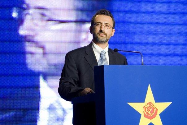 Петров контра Заев: Тезата дека Бугарите биле администратори и ослободители на Македонија е неточна