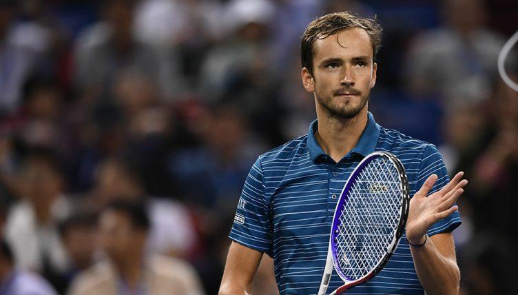 Медведев победи на завршниот АТП турнир