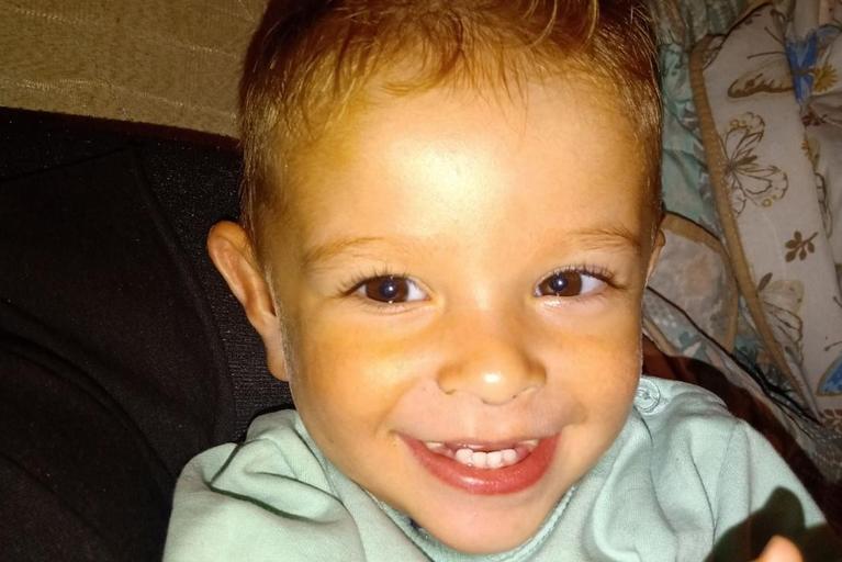 Михаил нема ниту две години, а веќе води тешка битка: За неговото лекување се потребни 15.000 евра – да помогнеме!