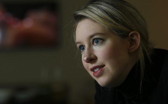 """Ја нарекуваа """"наследничката на Стив Џобс"""", а денес ѝ се закануваат 20 години затвор"""