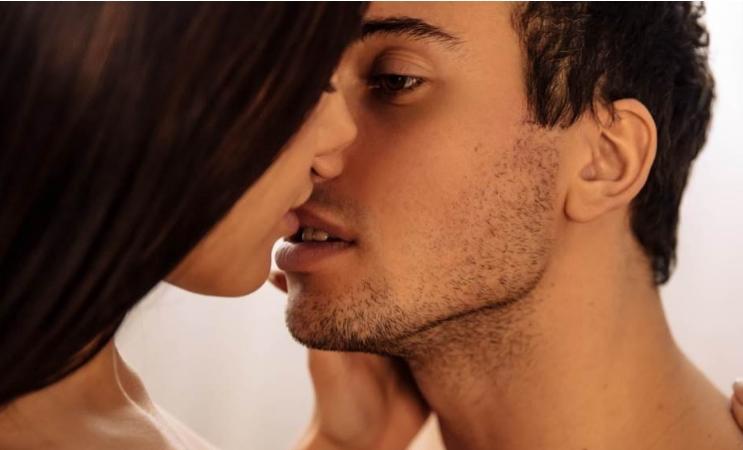 Кога ви е некој секси тоа нема врска со изгледот, туку има со овие две работи…