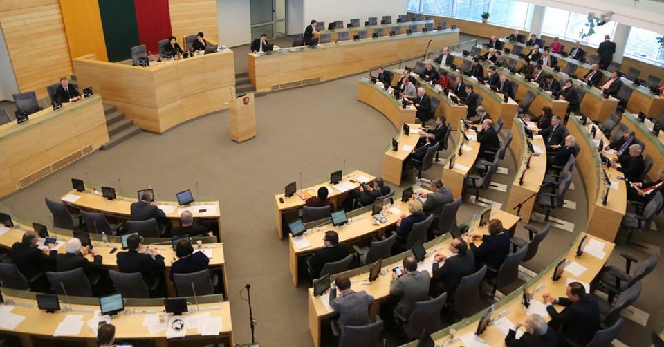 Литванскиот Парламент од утре ќе паузира една недела