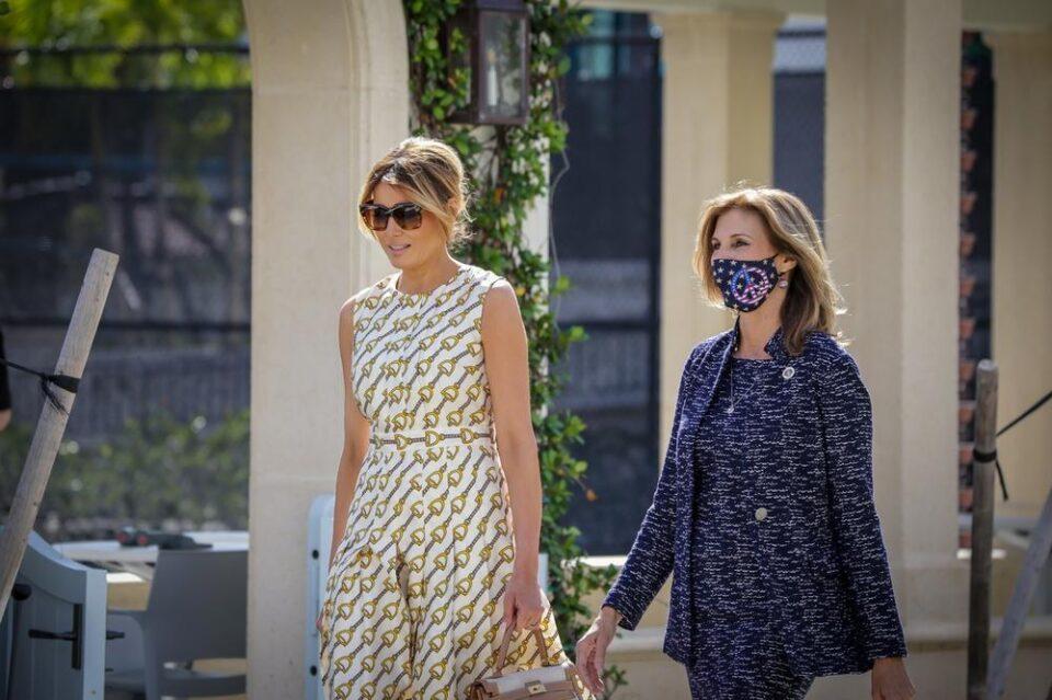 Меланија Трамп гласала во фустан вреден цело богатство: Американците не можат да ѝ го опростат овој детаљ!
