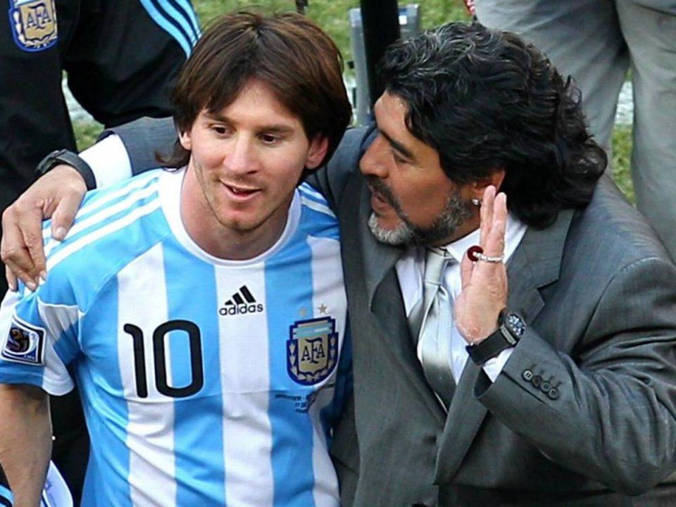 ВИДЕО: Ова е единствената снимка на која Меси и Марадона играат заедно