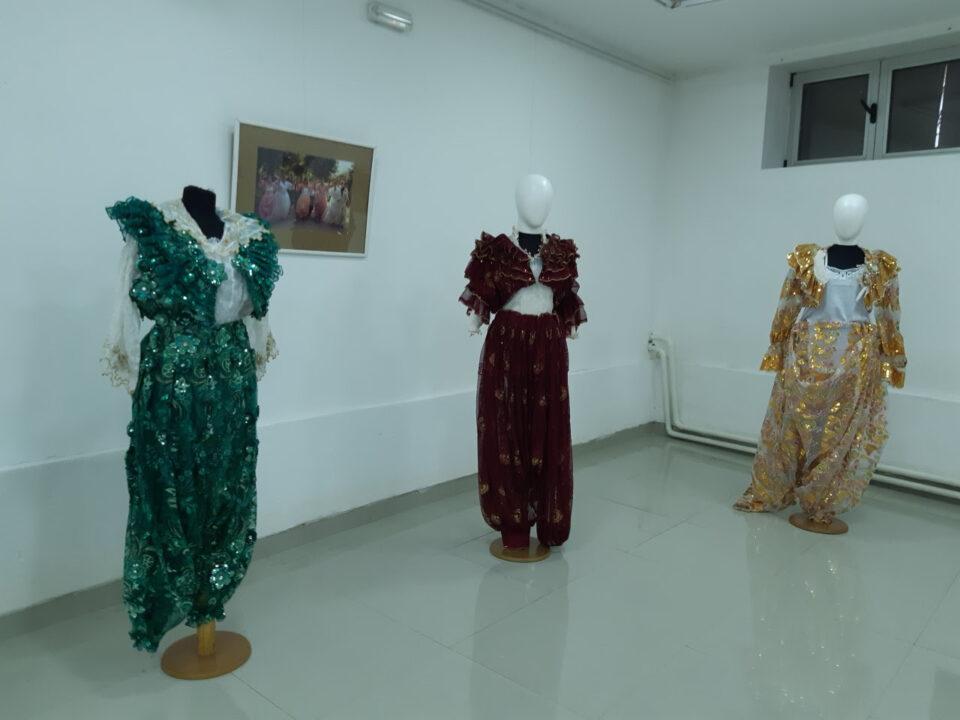 Изложба на ромски носии од Скопје