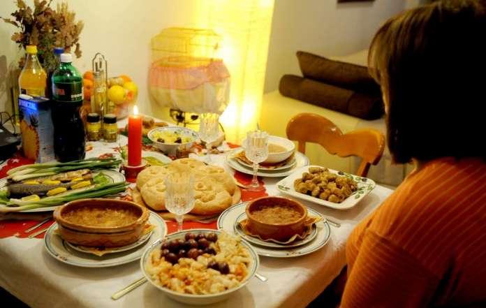 Славите да се прослават само со најблиските и да нема групирања по домовите, апелира Филипче