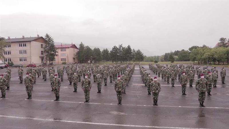 Околу 300 војници на располагање на болниците, невооружени и само како превентивно обезбедување