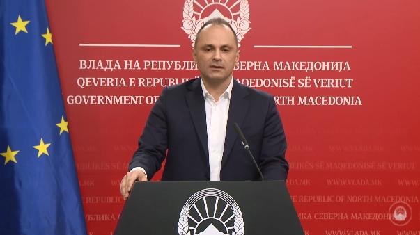 Филипче одби понуда од Србија за вакцинација на македонскиот медицински персонал, дали ќе сноси одговорност за кластерот на клиниката за нефрологија?