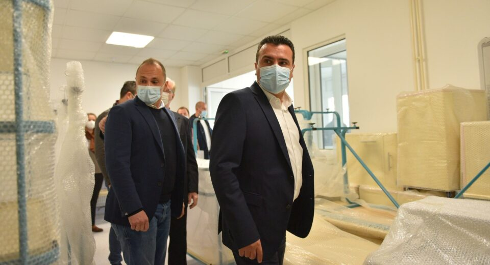 Мицкоски: Сите факти говорат дека двоецот Заев-Филипче најкатастрофално се справуваат со КОВИД кризата, рекордери сме на Балканот и во Европа по починати и инфицирани