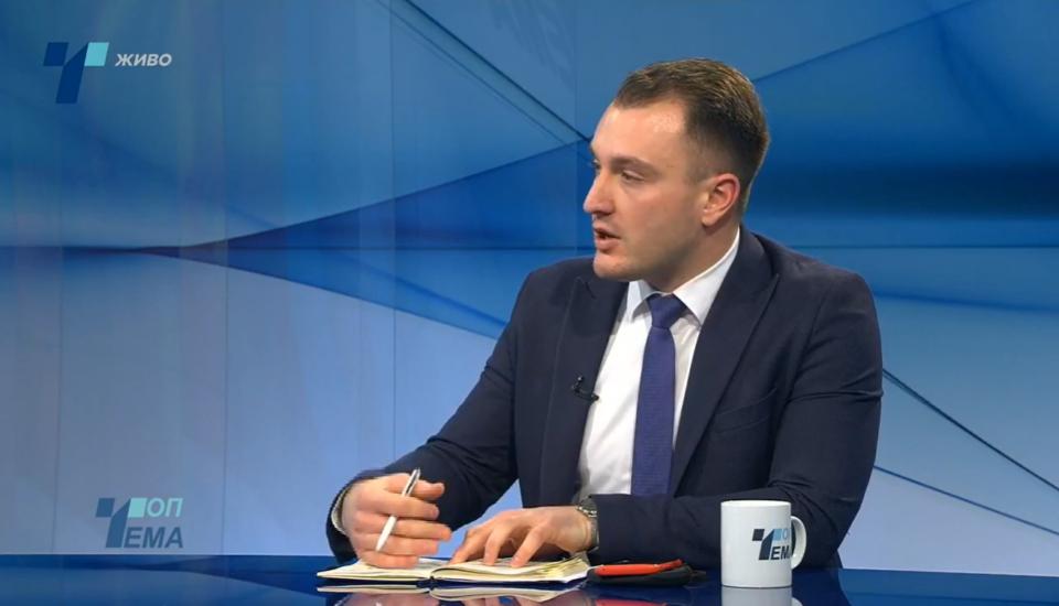 Андоновски: Преку укинување на предметот историја, власта се обидува да ја ретушира историјата и ќе ги извитоперува фактите