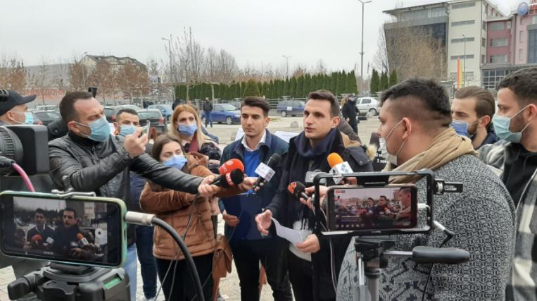 Алијанса за Албанците и Алтернатива: Титулата за Али Ахмети е политизација на Универзитетот во Тетово