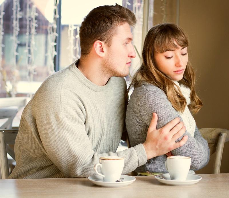 Седум реченици кои мажите ги кажуваат кога повеќе не ја сакаат нивната партнерка