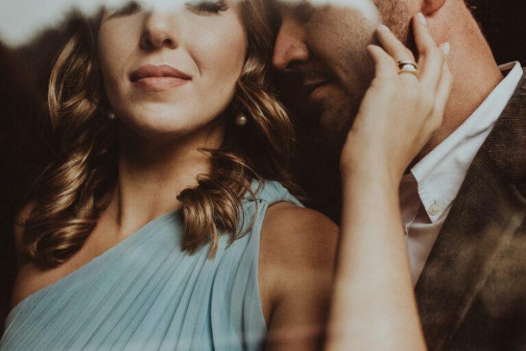 10 женски особини кои им се најважни на зрелите мажи, но и 10 особини кои ги иритираат