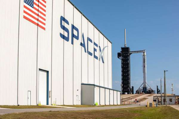 Спејс-Икс прекина тест-лансирање на една секунда пред полетувањето