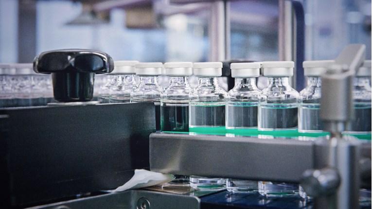 Универзитетот во Оксфорд се подготвува за производство на нови верзии на вакцина